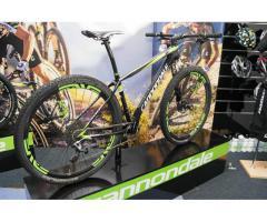 Semua sepeda 2015 dijual.