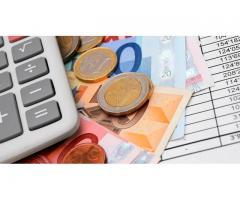 Vi tilbyr finansielle tjenester for enkeltpersoner og bedrifter.